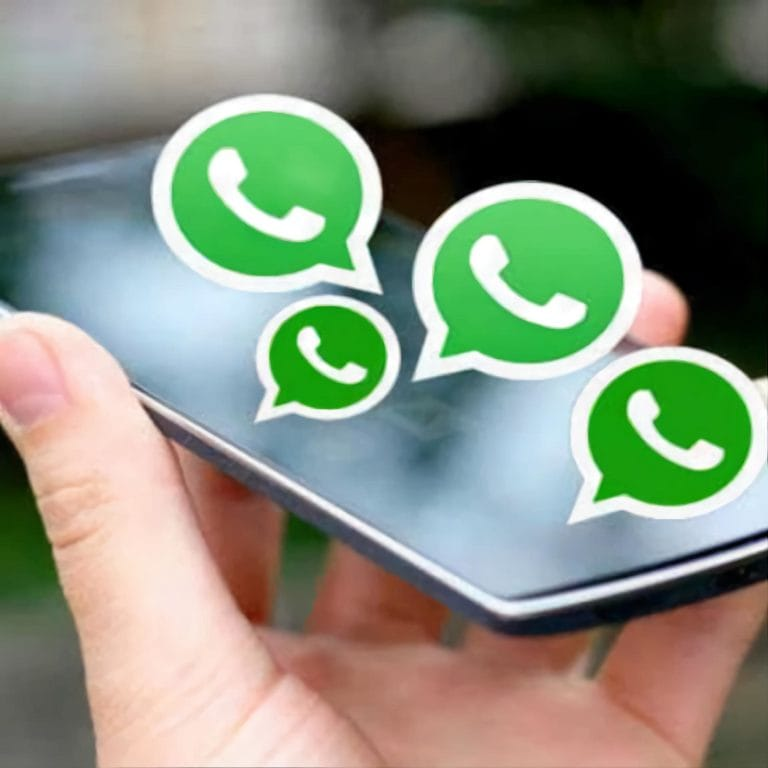 WhatsApp Icon Banner