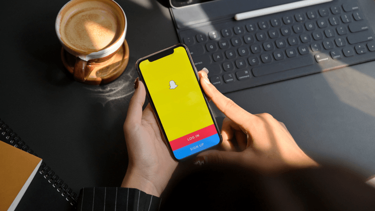 how to save Snapchat videos on android and ios feature image